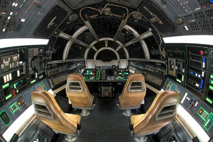 wie fühlt sich an in Millennium Falken zu fliegen, sie sind in die Rolle von Han Solo hineinversetzt
