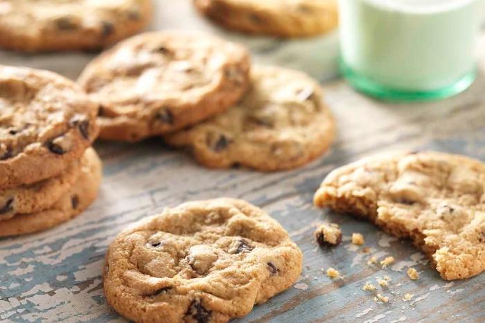 rezepte ohne gluten, glutenfrei essen, partyessen ideen, kekse mit schokoaldenchips, schokolandekekse