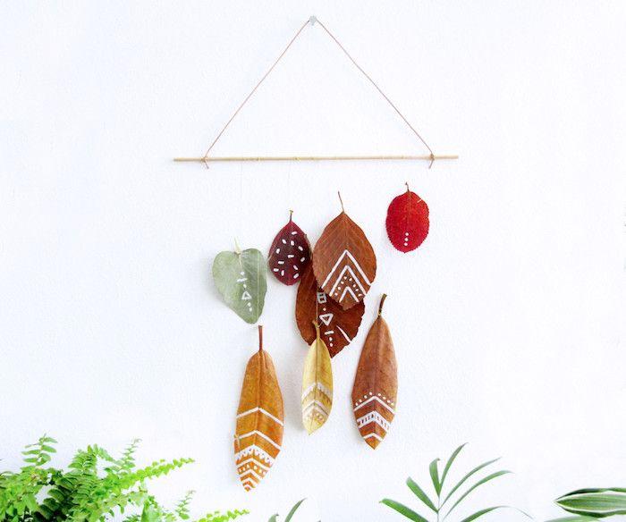 herbst dekoration für die wand, wand dekorieren mit blätter, malen und dekorieren zu hause, mit kindern basteln