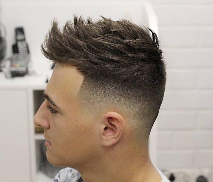 herren frisuren kurz, haare schön stylen beim frisör, haartrends für männer