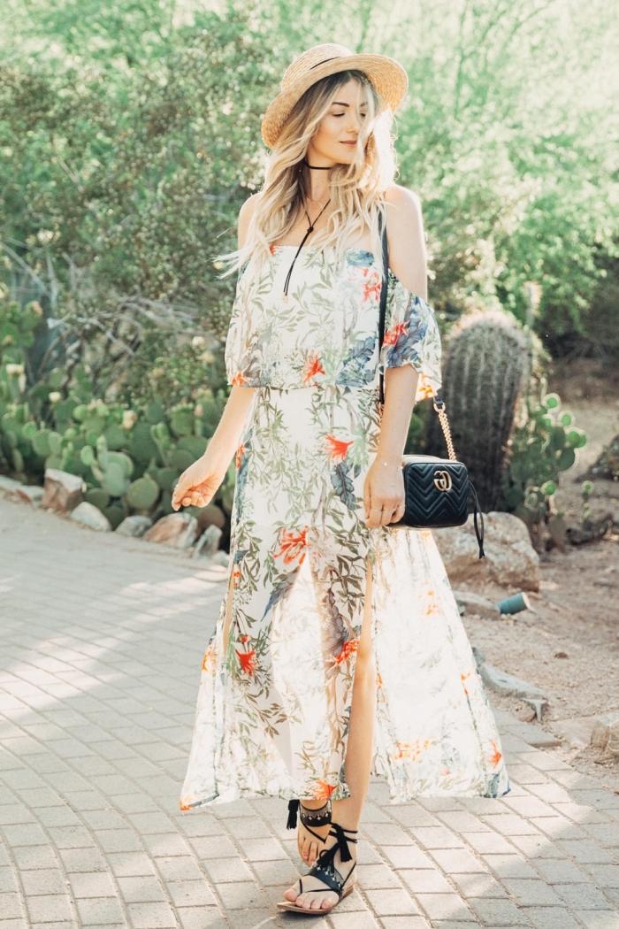 langes sommerkleid in boho sitl, schwarze shcuhe, hippie kleid weiß, sommeroutfit frauen
