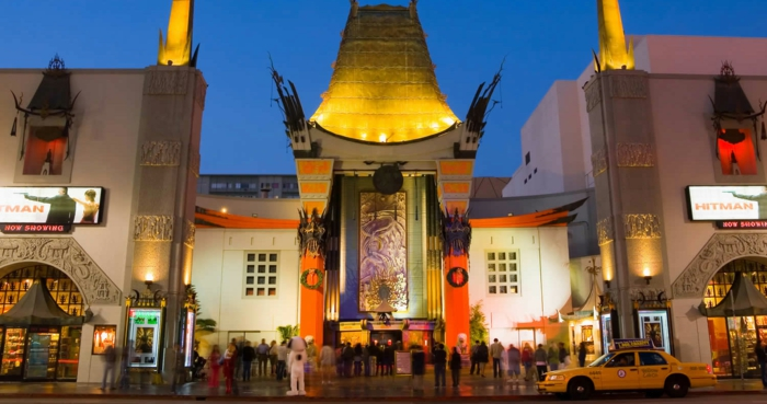 Chinese Theatre, in dem Keanu Reeves Handabdruck und Fußabdruck hinterlassen hat