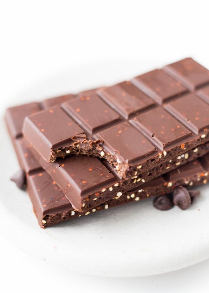 kinderschokolade glutenfrei, selsbtgemachte schokolade mit samen, wenig zucker, leckereien für kinder