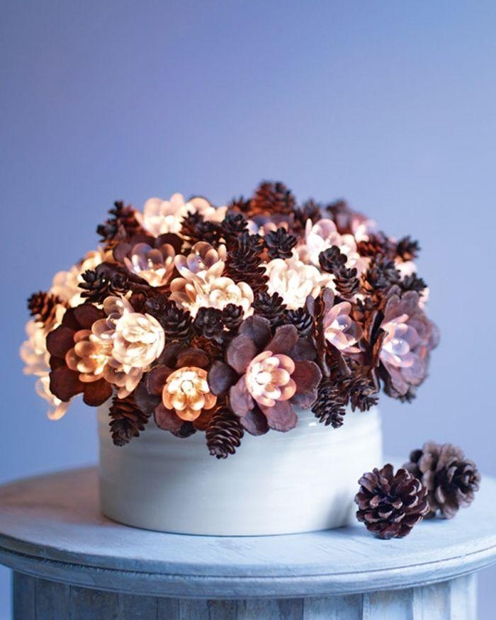 herbst dekoration, dekorationen aus zapfen selber basteln, zapfendeko ideen