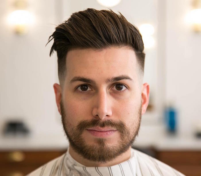 trendfrisuren 2019 männer ideen zum styling, ein moderner mann mit bart