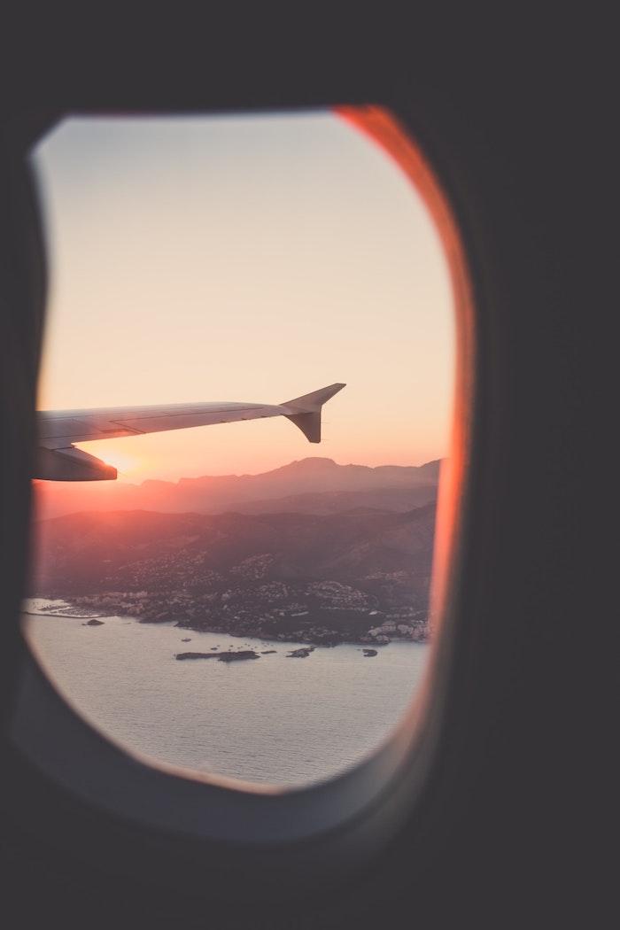 tumblr wallpaper laptop, foto vom bullauge, flugzeug foto als bildschirm nutzen