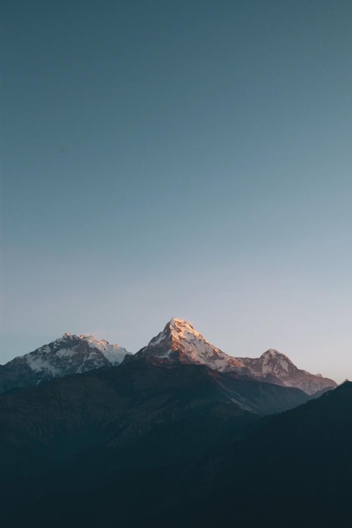 tumblr wallpaper laptop, ein schönes bild von der faszinierenden natur gebirge berge blauer himmel foto idee