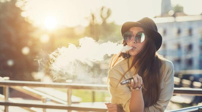 in asiatischen Ländern hat die Regierung die E-Zigaretten, weil sie schädlich sind