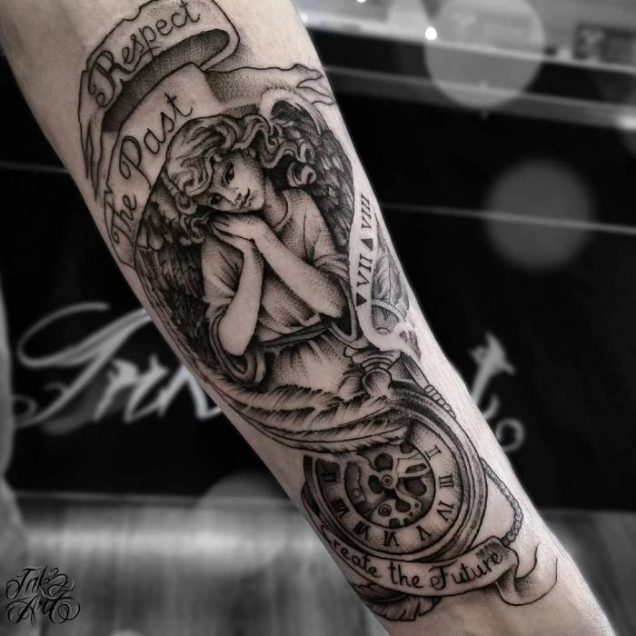 Arm uhr tattoo frau 110 Memorable