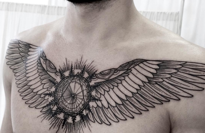 engelsflügel tattoo designs, mann mit blackwork tätowierung auf der brust, geometrische motive