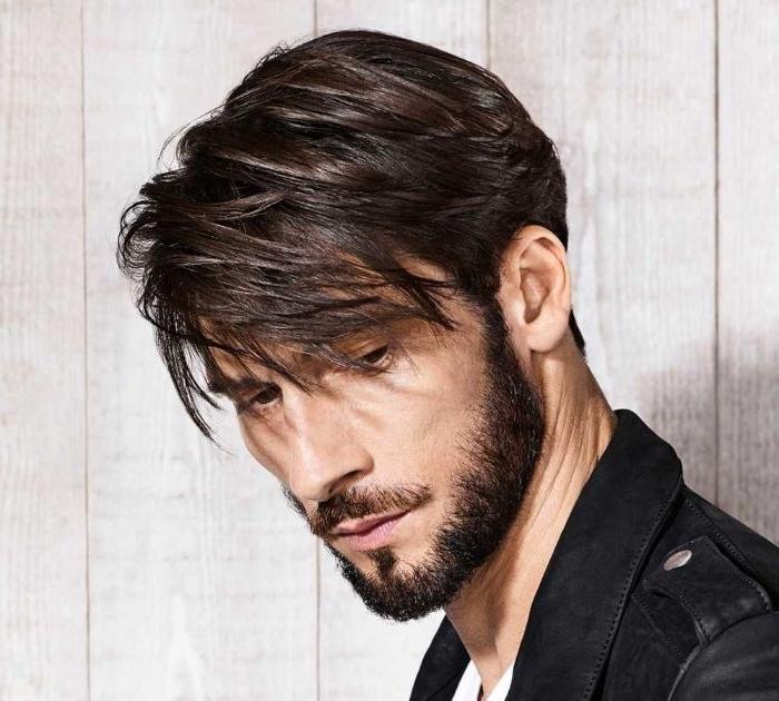mittellange frisuren, haare glätten, glatteisen für männer, perfekter stil