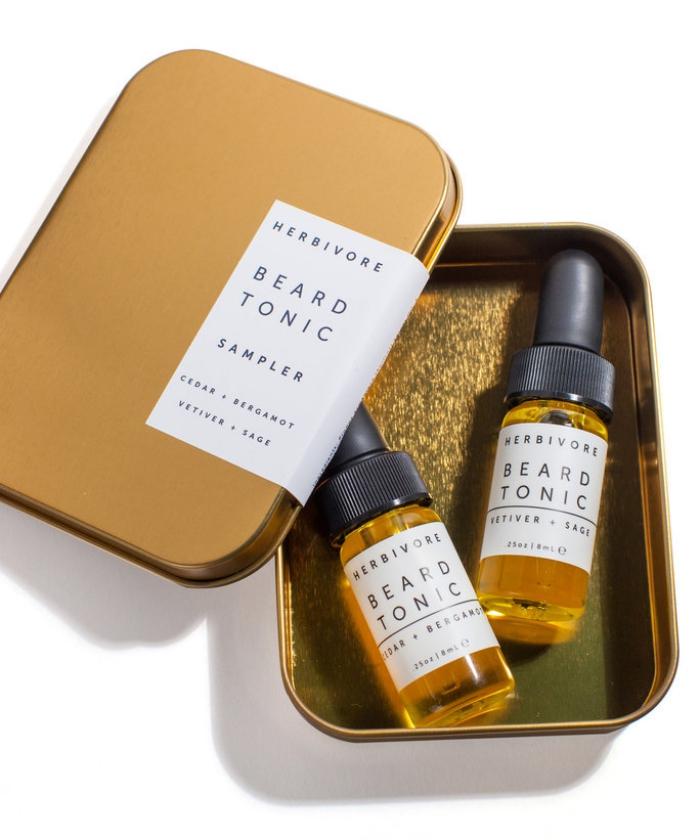 geburtstagsgeschenk für freund, loxuriöse kormetik für männer, bartkosmetik, goldene box, barttonik