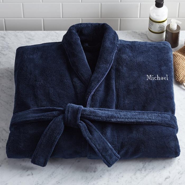 was schenke ich meinem freund, geburtstaggeschenke für männer ideen, persönliches geschenk, dunkelblauer bademantel