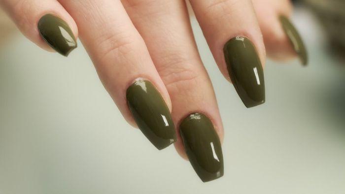 ballerina nails, grüne lange nägel, idee zum stil und design der nägel