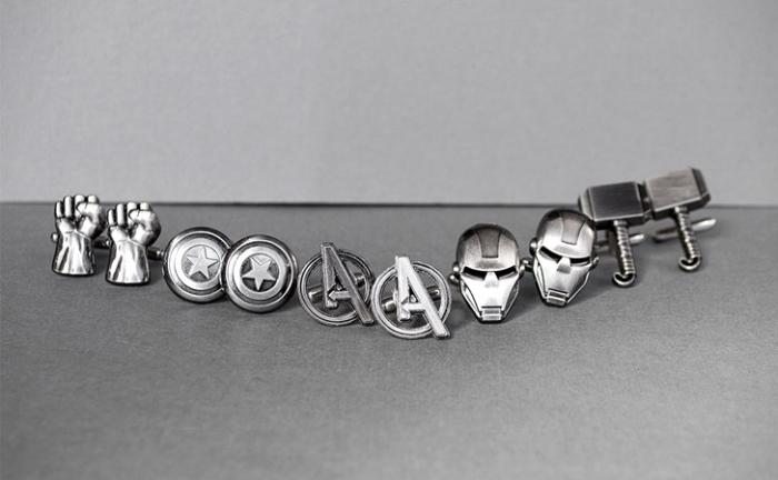 geschenke für männer die alles haben, verschiedene modelle, silberne manschetten, superhelden, iron man