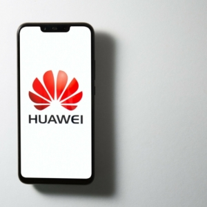 Die Huawei Smartphones zeigen Werbung auf Sperrbildschirm