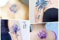 Lotusblume Tattoo: Ideen, Designs, symbolische Bedeutungen