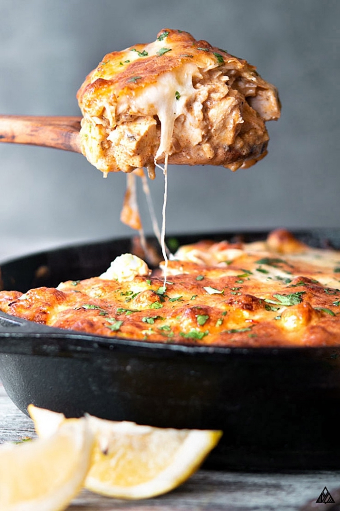 low carb diät rezepte, mexikanisches gericht mit hühnerbrust,gesundes abendessen, kohlenhydratarm