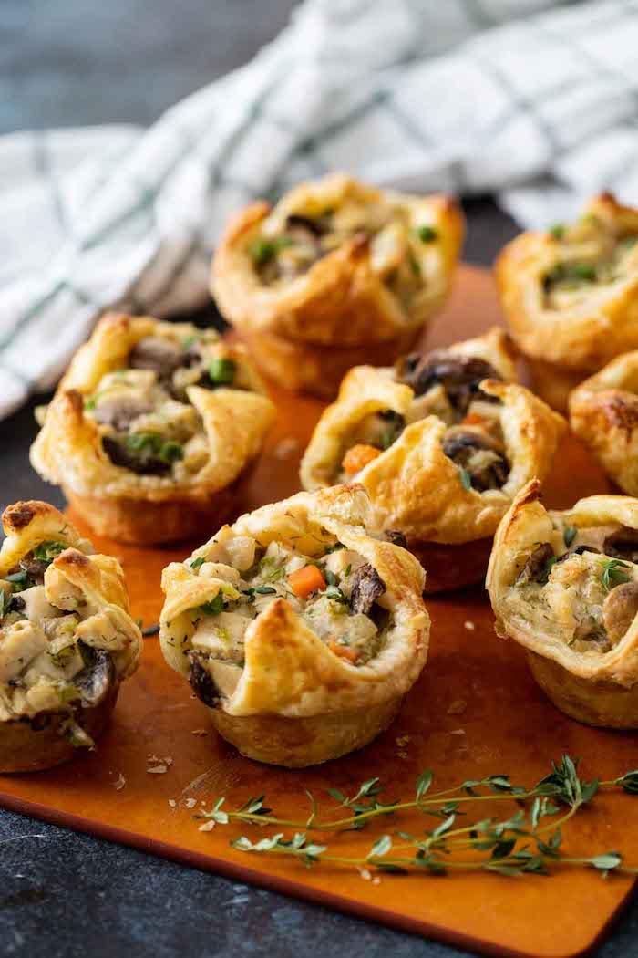 Mini Muffins mit Hühnerfleisch, schnelle und einfache Party Rezepte zum Vorbereiten