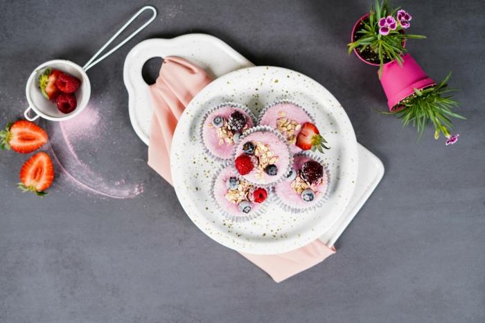 schnelle fingerfood rezepe frozen skyr cupcakes nachtisch ideenohne backen sommerdessert