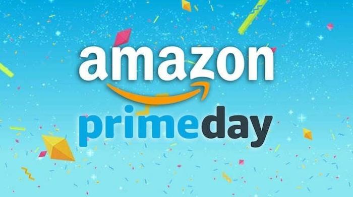 Amazon Prime Day, blauer Hintergrund, ein Lächeln von Amazon, Amazon Prime Day