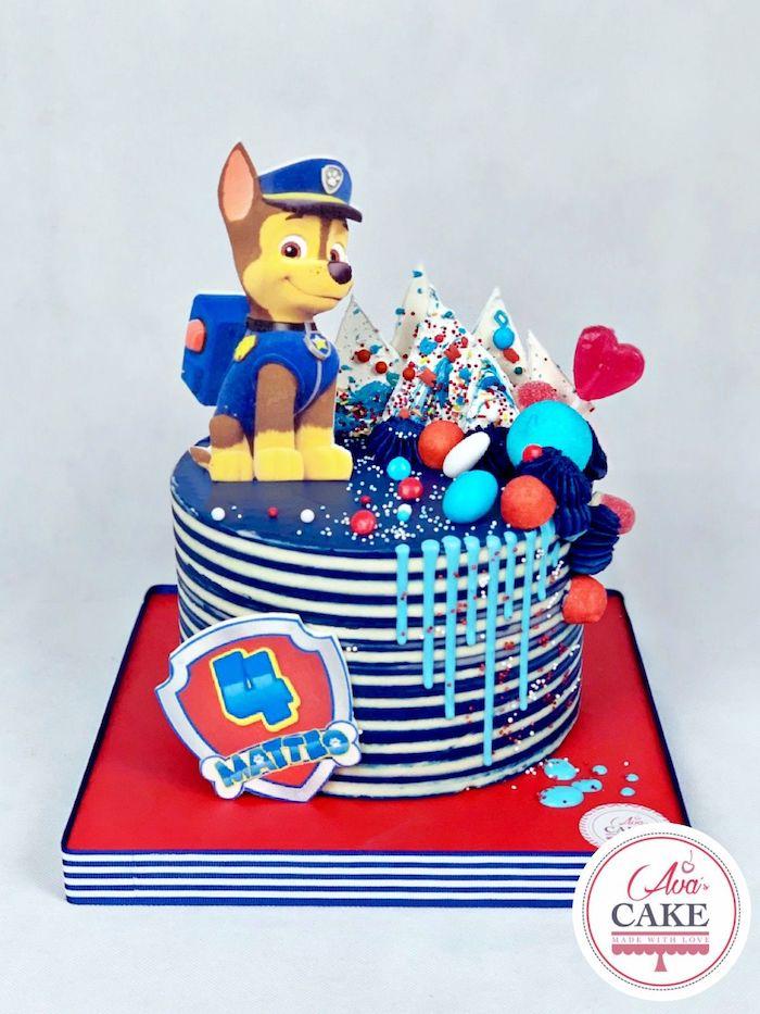 Paw Patrol Torte mit Chase, große Tortenfigur, Geburtstagstorte für Junge blau und weiß