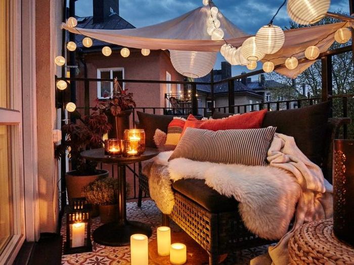 balkon einrichten und kreative romantische atmosphäre selber kreieren, lampen und leuchten, led kerzen