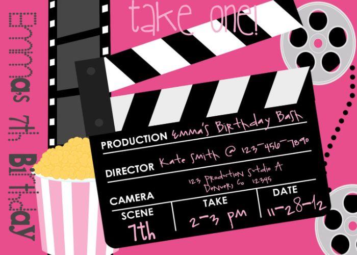 einladungskarten erstellen, lila hintergrund und vorne ein regie kasten, kinoabend, kino party idee
