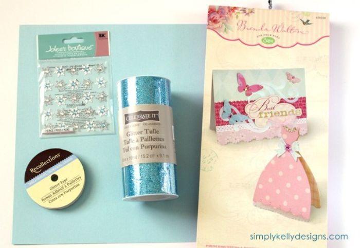 kindergeburtstag einladung, so wird die karte gemacht, perlen, deko, netzstoff, kleid form