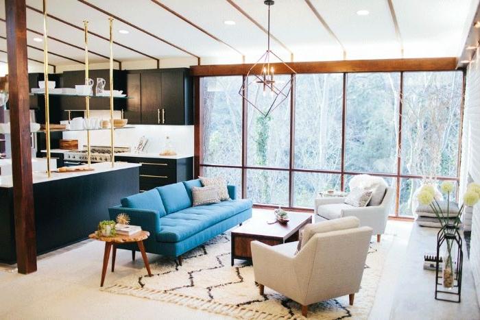 petrol farbe bedeutung in dem interieur, sofa, sessel, große fenster, wohnbereich