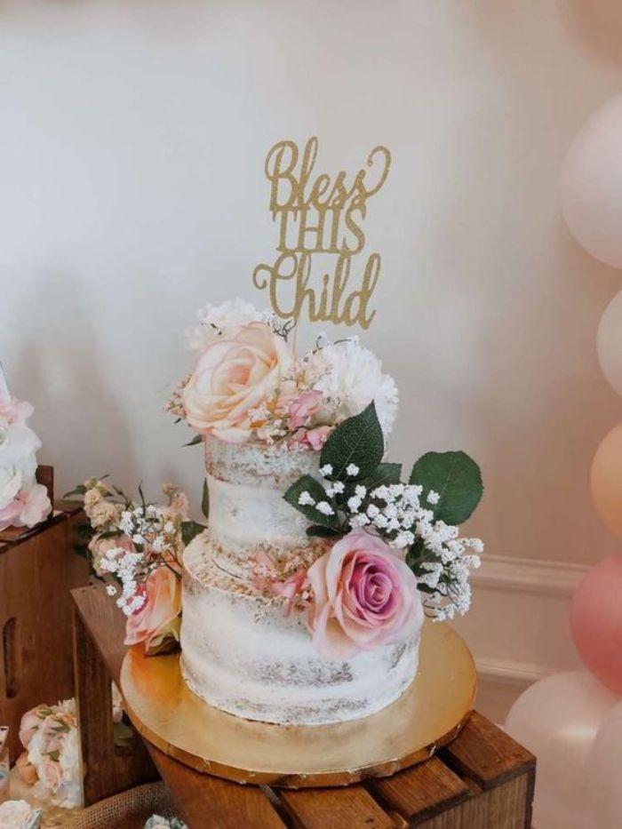 taufe junge oder mädchen in den beiden fällen braucht man eine schöne torte, motivtorte taufe, blumen deko auf torte