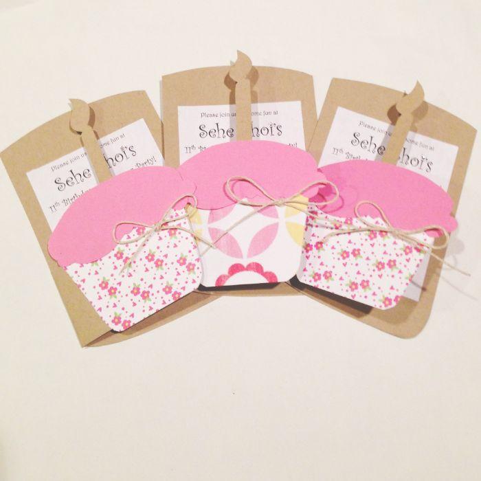 einladungskarten kindergeburtstag basteln, drei schöne karten, einladungen, muffins, cupcake mit kerze
