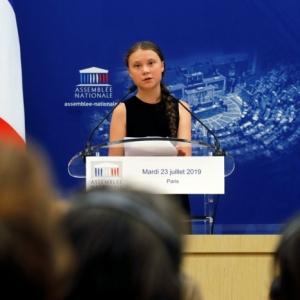 Greta Thunberg hielt eine Rede vor Pariser Nationalversammlung