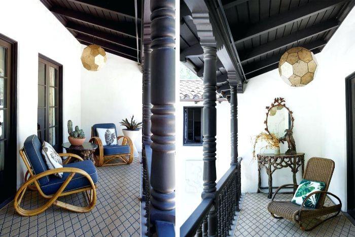 kleiner balkon ideen, zwei balkongestaltungsideen, stühle, liegestuhl, deko