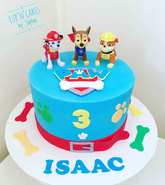 Blaue Geburtstagstorte mit Paw Patrol Tortenfiguren Chase, Marshall und Rubble, Geburtstagstorte für Junge