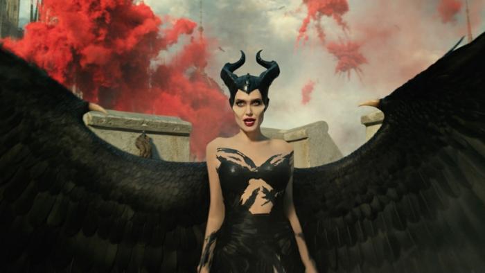 Maleficent führt einen Krieg in der neue Verfilmung mit Angelina Jolie in der Hauptrolle