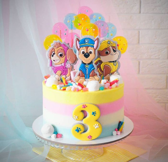 Paw Patrol Regenbogen Torte zum dritten Geburtstag, mit Zuma, Rubble und Chase, zum dritten Geburtstag