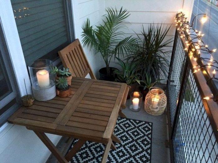 möbel für kleinen balkon, graue möbel deko ideen, pflanzen und kerzen deko ideen