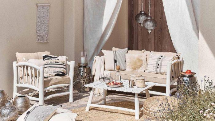 schöne balkone, eine nette idee in weiß und beige, ethno orientalischer style deko