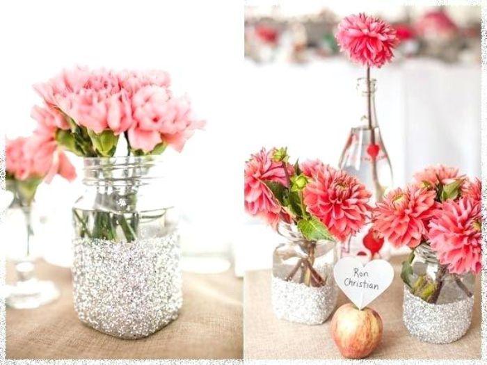 taufe deko ideen details in rosa und weiß, natürliche blumen als dekorationsmittel für party nutzen