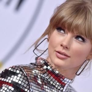 Scooter Braun bekommt sechs Studioalben von Taylor Swift