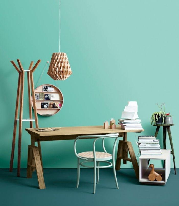 petrol farbe wand, wandgestaltung türkis bodenfarbe petrol, minimalistisch wohnen ideen