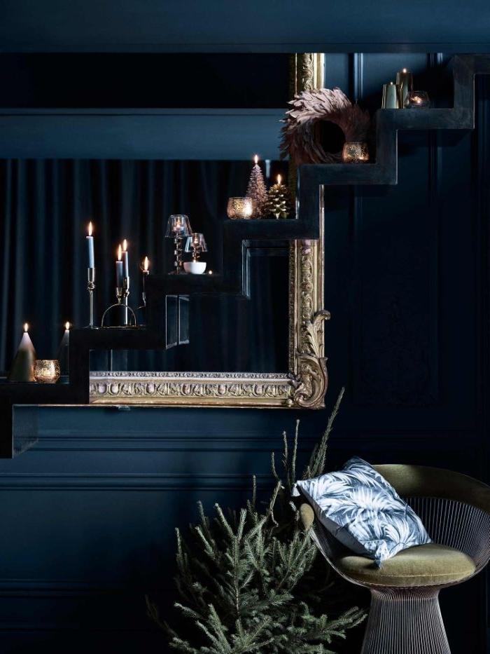 petrol farbe wohnzimmer, dunkle wohnfarbe als deko und zimmergestaltung, sofa, kerze, deko kissen ideen