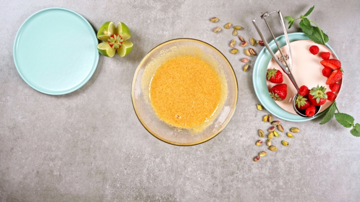 2 eis selber machen eier und zucker mischen selbstgemachte eiscreme einfache sommer rezepte