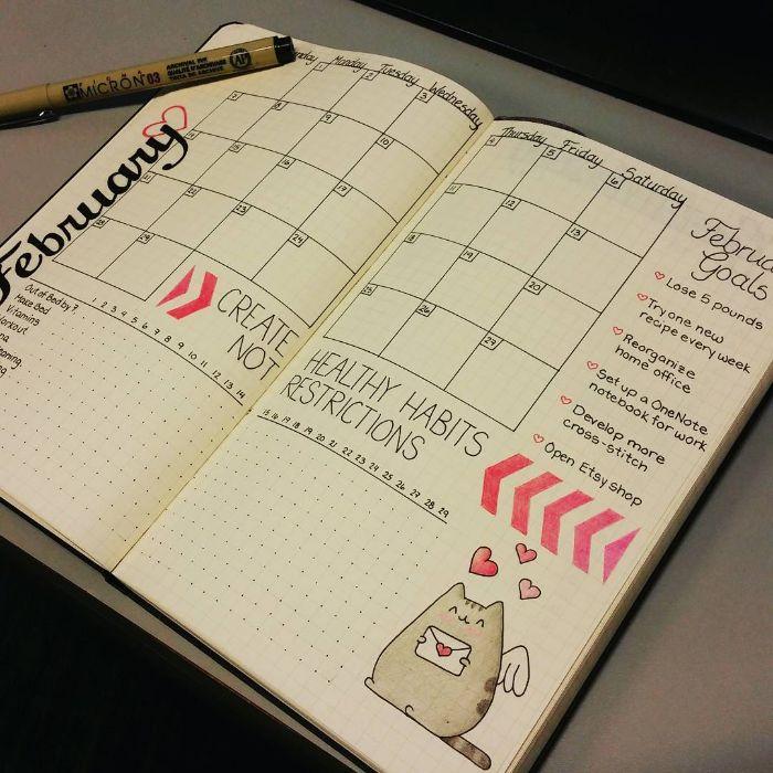 bullet journal zubehör, kalender in dem heft, tagebuch planung, eine süße pusheen katze zeichnen