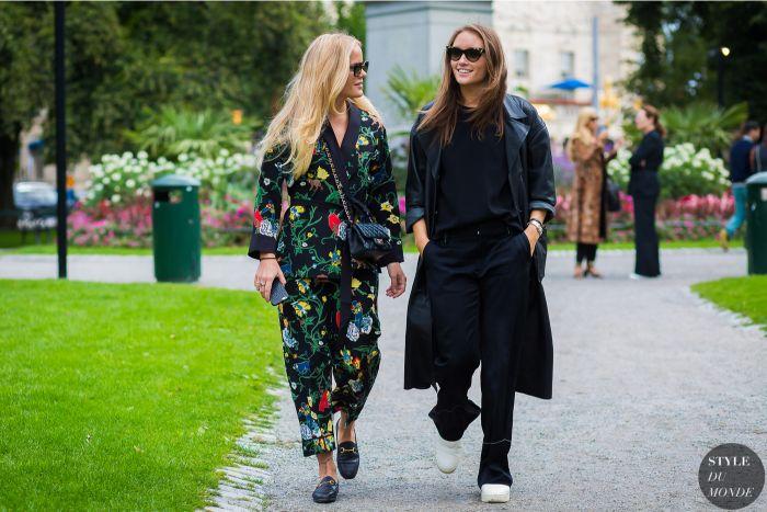 dänische mode große größen, maxi kleidung in kleinen größen, breite und bequeme outfit ideen in dunklen farben mit bunten mustern