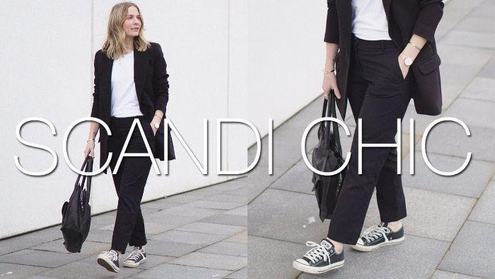 mode kataloge, scandi chic ideen, eleganter damenanzug in kombination mit sneakers und sportliche tasche