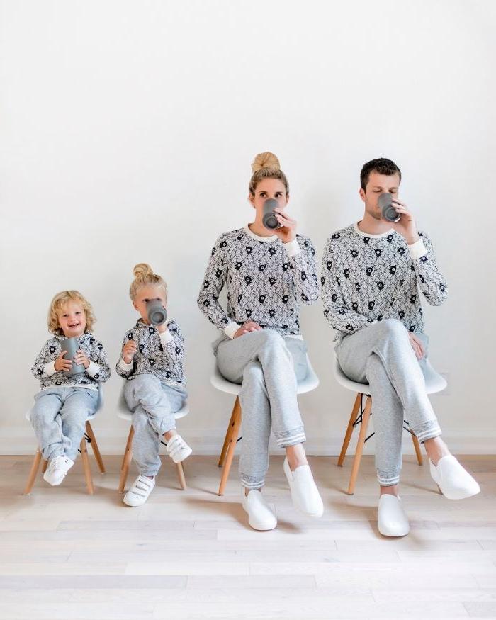 mode kataloge für mama papa und die kinder, pijama party zu hause, familienfotografie
