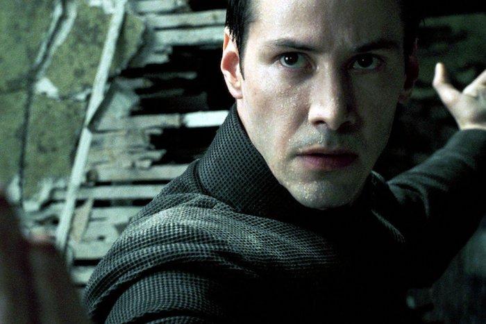 der film the matrix von lana und lilly wachowski, der schauspieler Keanu Reeves in der rolle von neo