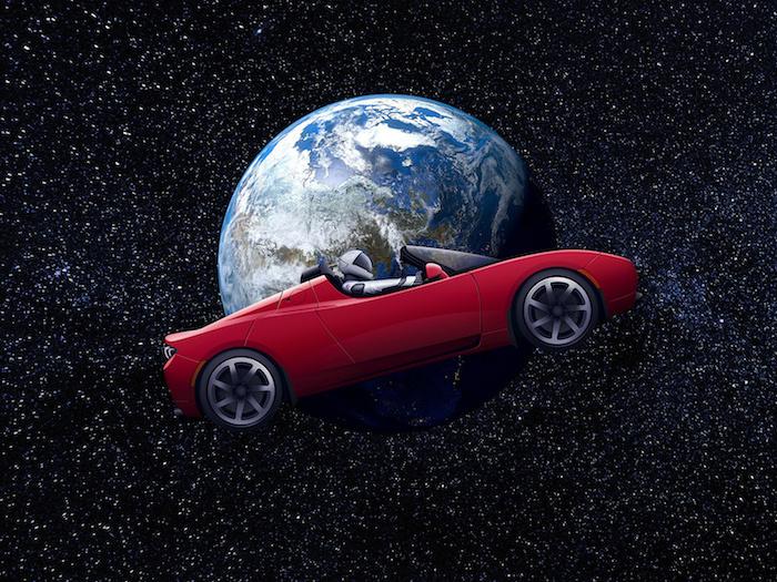 ein rotes auto mit einem raumfahrer mit weißem raumanzug, die erde und all mit vielen kleinen sternen, roter fliegender tesla roadster